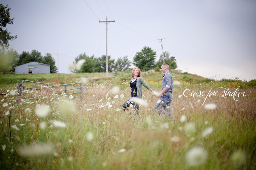 Bedford Iowa, Maryville Missouri engagement portraits photos weddings flowers outdoors